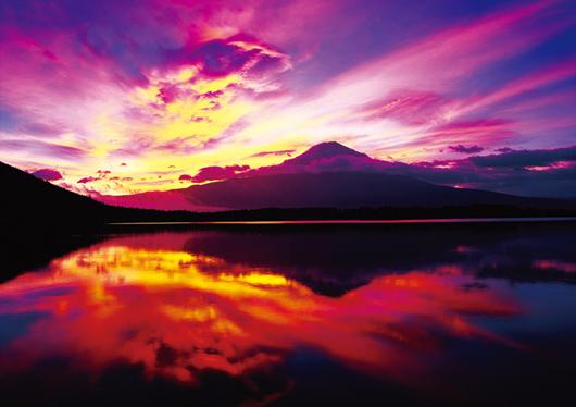 【山小屋充実メインルート】夜発3日間 吉田ルート富士登山!!<フリーor富士山専任ガイド同行>