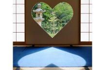話題沸騰!?SNS映え間違いなし!京都・正寿院「幸せを呼ぶハートの窓」&スイーツ巡りの旅♪
