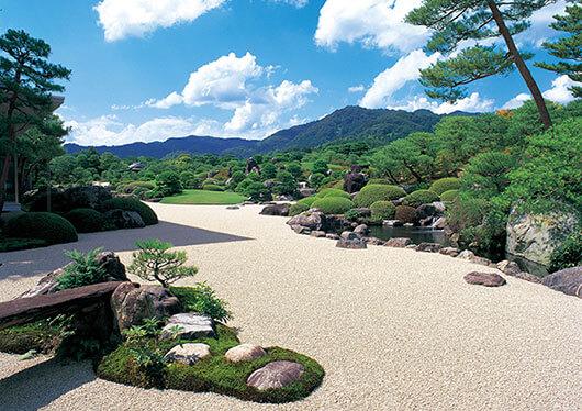 世界が認めた日本の美!人生で一度は訪れたいスポット「足立美術館」(入館券付)&177体の妖怪ブロンズ像が待っている境港・水木しげるロード自由散策
